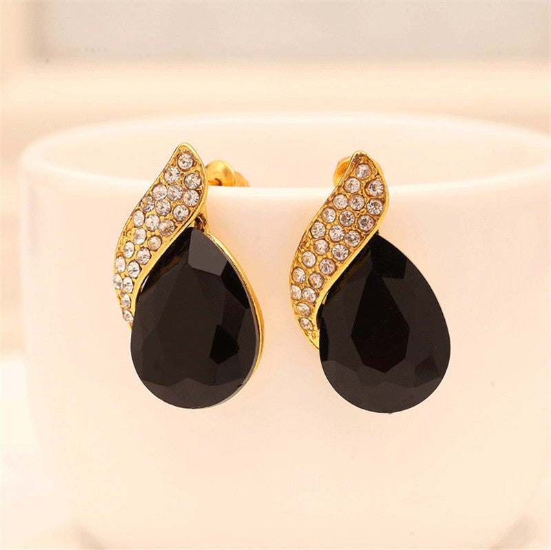 Designer Style Water Drop Earrings