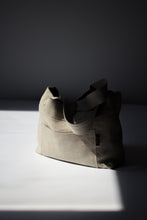 Load image into Gallery viewer, MITAKA LINEN SMALL BAG