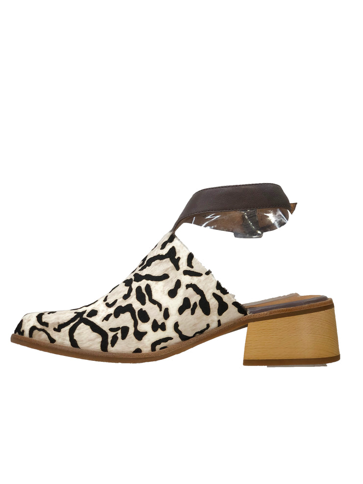 BRESLEY ACKEE TAUPE LEOPARD - Collectiveoutlet