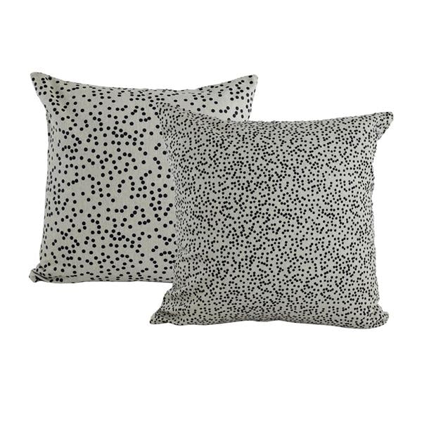 Cushion spotty soft and black
