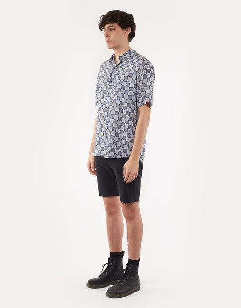SILENT THEORY DUKE SHORT SLEEVE SHIRT
