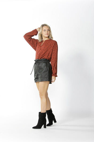 FATE+BECKER MATHILDE KEYHOLE BLOUSE