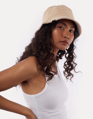 ALL ABOUT EVE CORDUROY BUCKET HAT TAN