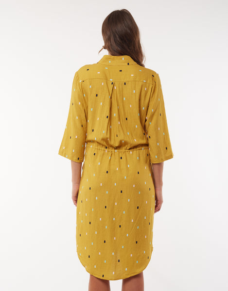 ELM FAIR AND SQUARE TIE DRESS