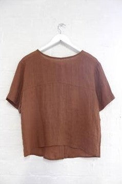 LITTLE LIES BUTTON BACK TOP RUST