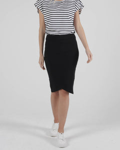 BETTY BASICS SIRI SKIRT BLACK
