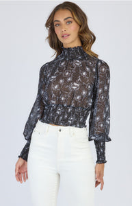 STYLE STATE PRINTED CHIFFON TOP WITH SHIRRED DETAILING BLACK