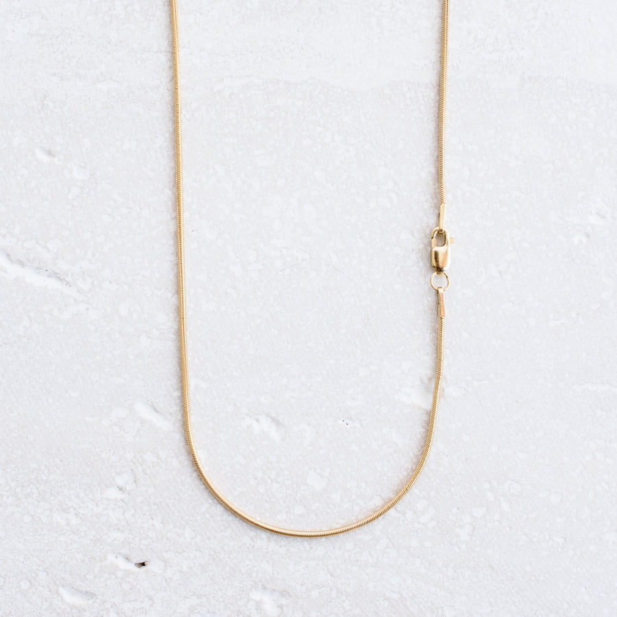 Basic Bermuda Necklace