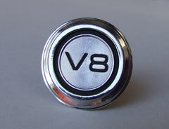 DASH BADGE V8 ROUND