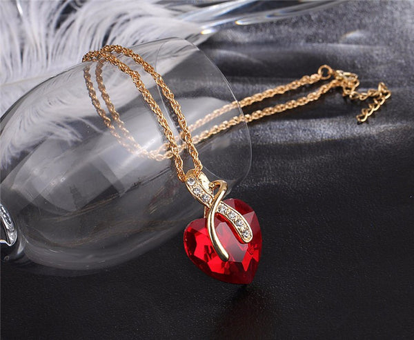 Crystal Heart Pendant Necklace Women Gold Color Love