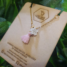 Load image into Gallery viewer, Mini Sakura Tassel Necklace