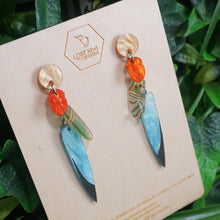 Load image into Gallery viewer, Kea Feather Earrings