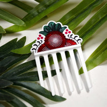 Load image into Gallery viewer, Pohutukawa Hair Comb
