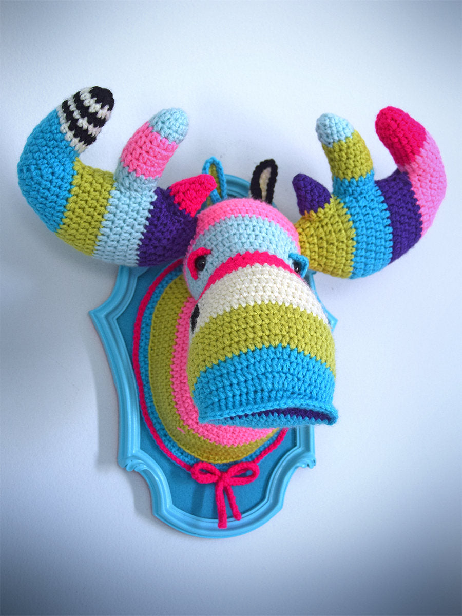 Crochet Color Block Moose Head in a Light Blue Frame