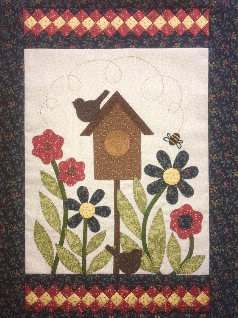 Bird House Wall Hanging Kit