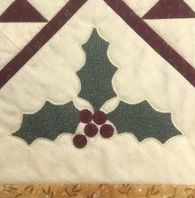 Holly & Stars Table Runner Kit