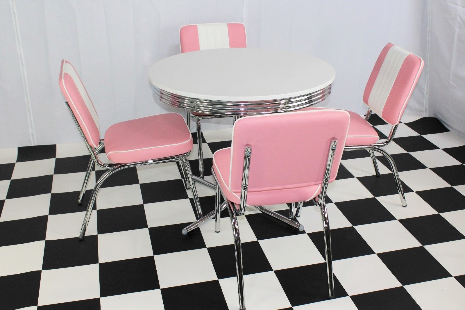 Pink Round Table.Budget Round Table Pink Diner Set Just Americana