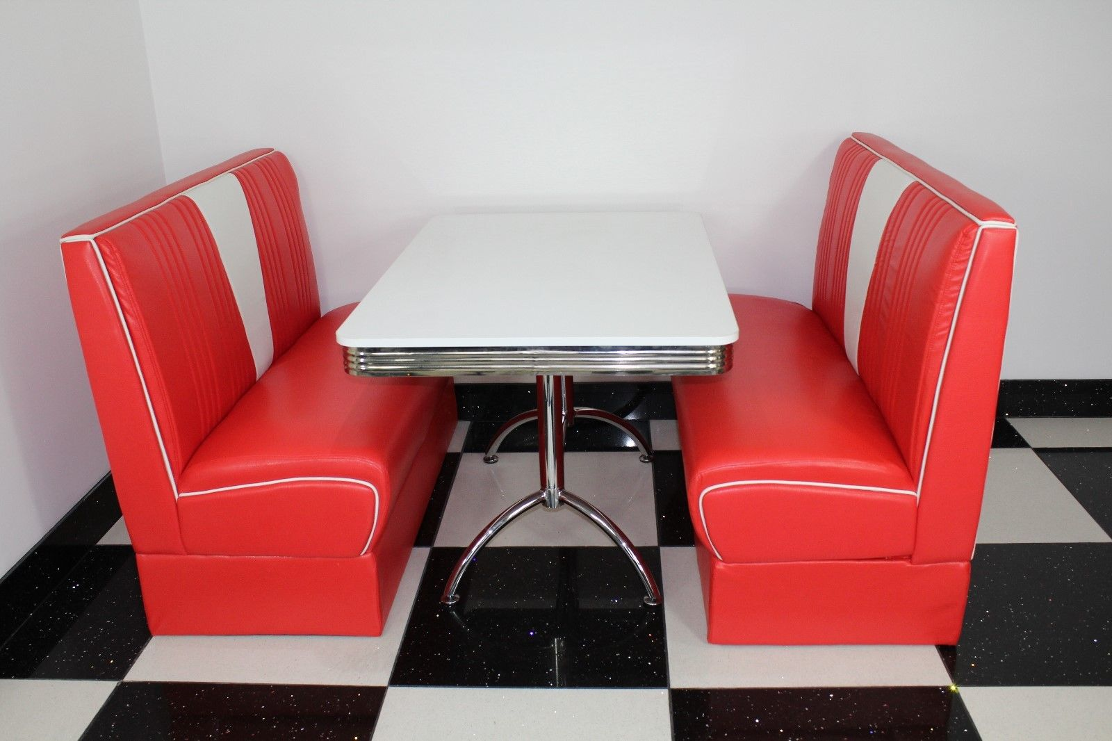 Budget Red Nashville Booth Diner Set