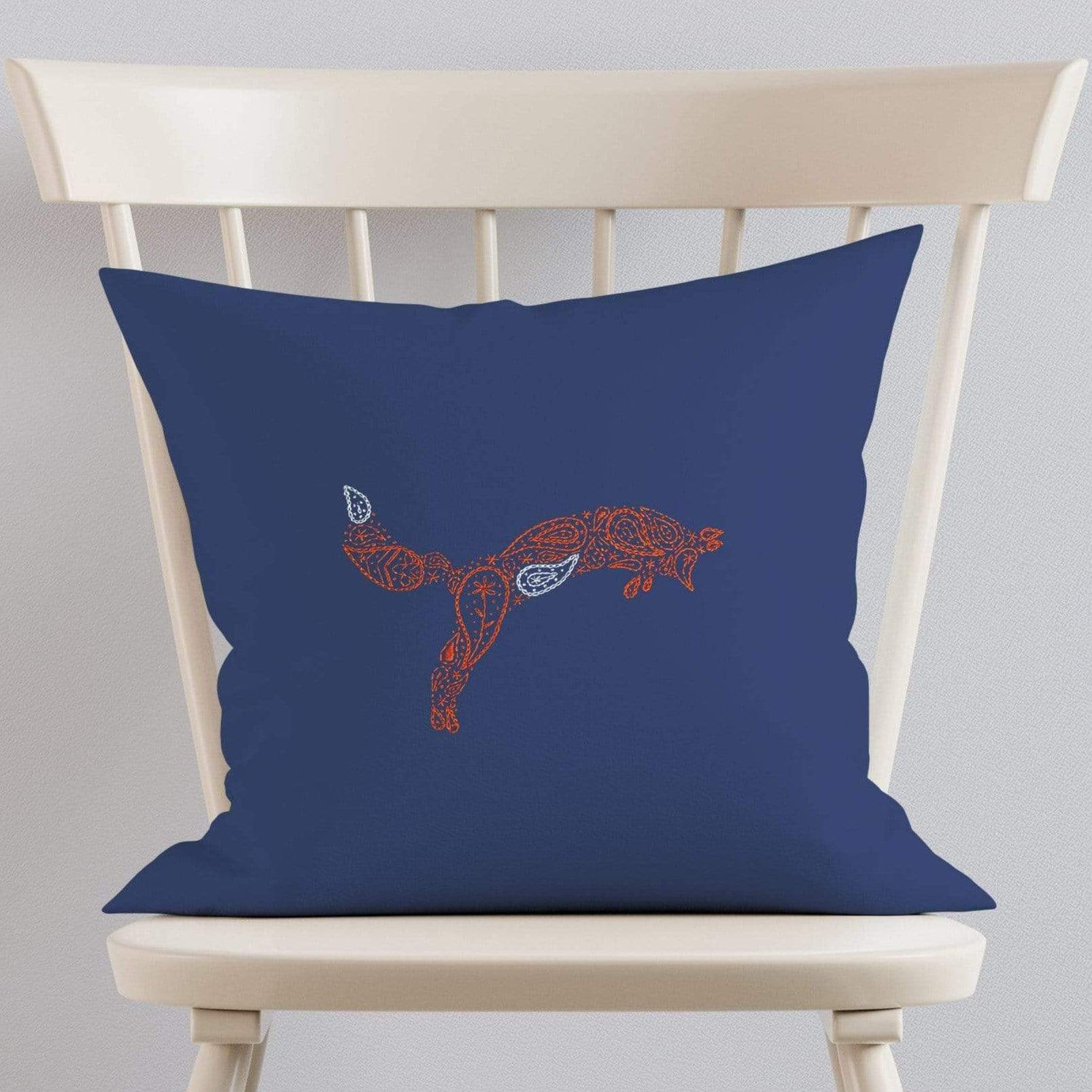 Paraffle Embroidery Cushion Embroidery Kit Fox Cushion Kit & Pattern