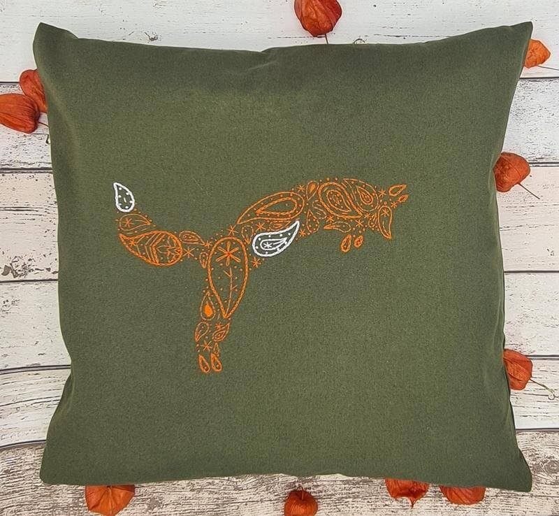 Paraffle Embroidery Cushion Embroidery Kit Fox Cushion Kit & Pattern - Green