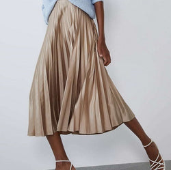 Casual pleated midi skirt