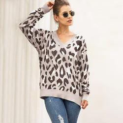 Oversized V-neck animal print sweater for women