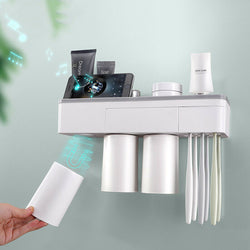 Wall mount magnetic bathroom organizer