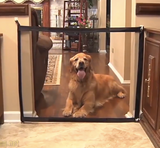 Mesh house gate for dogs