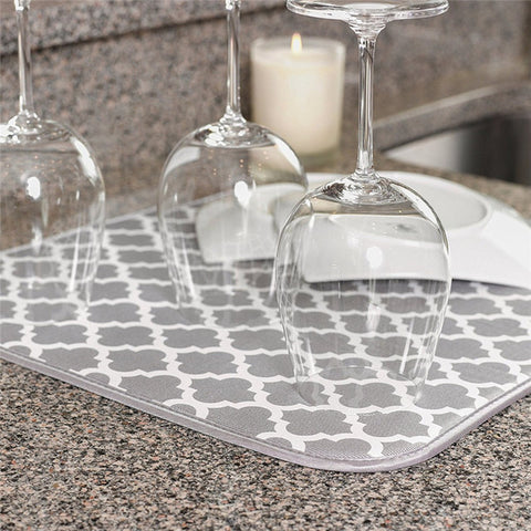 Dish drying mat