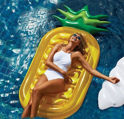 Inflatable pool float bed