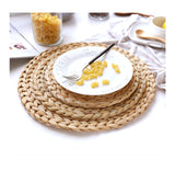 Round straw table mats