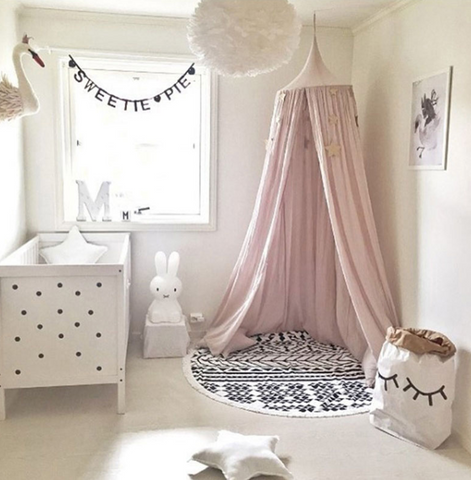Bed canopy for kids room