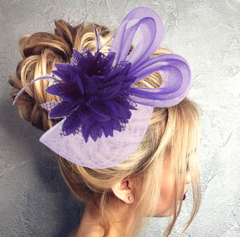 Derby style cocktail hair fascinator