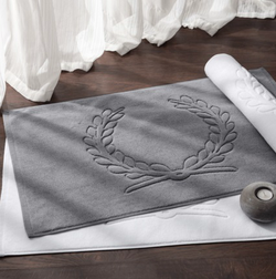 Luxury bathroom mat