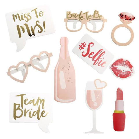 Bridal shower props set