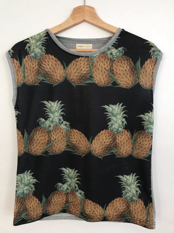 Masque Sleeveless T-Shirt - Pineapple Black