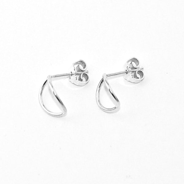 Mini Leaf Earring