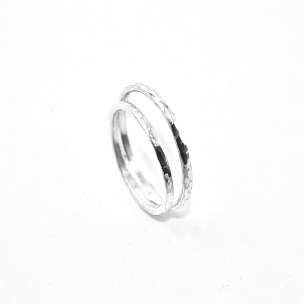 Sydney 2 Hoops Hammered ring