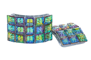 Multicoloured square buckles