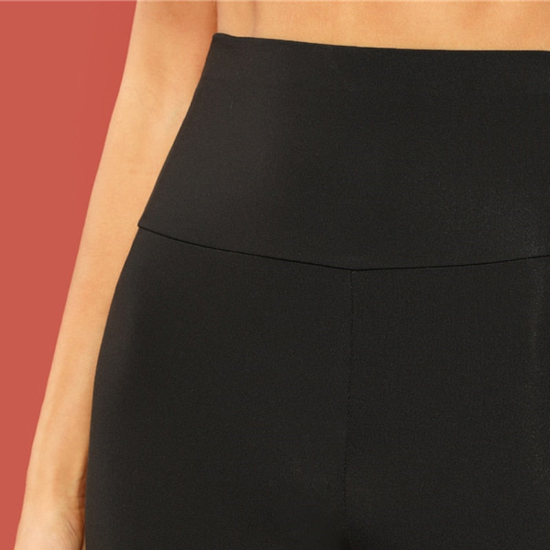 Kurze Shapewear Leggings für Damen in schwarz