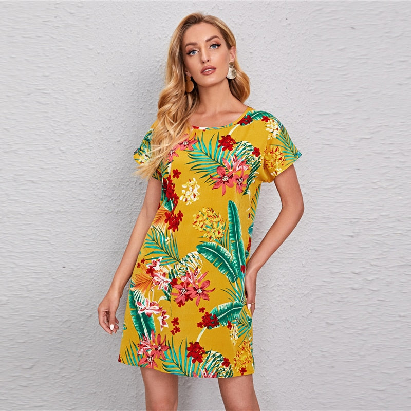 Buntes Tropical Sommerkleid im Surf & Hawaii Stil gelb