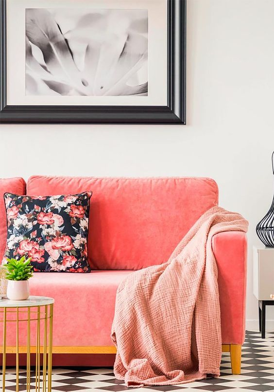 How to Incorporate Pantone's 2019 Color of The Year: Living Coral