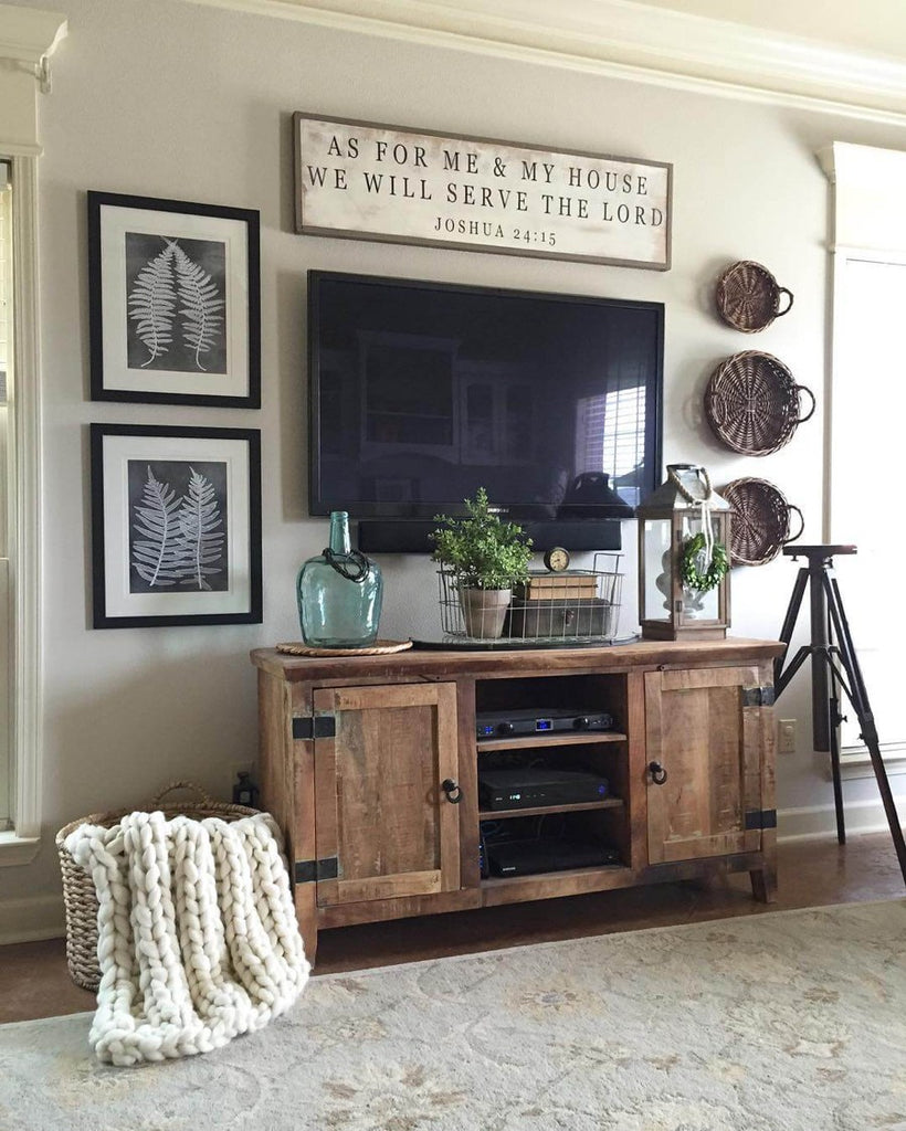 how to design your tv room in industrial chic decor