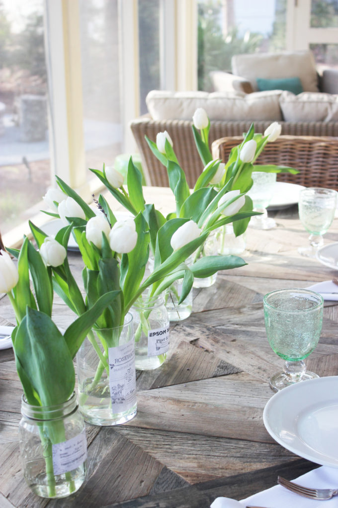 spring tablescape with flowers