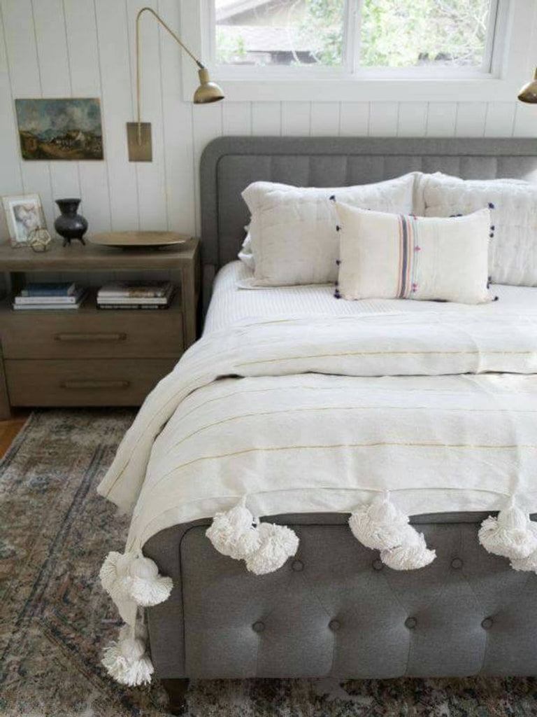 how to style a moroccan throw blanket
