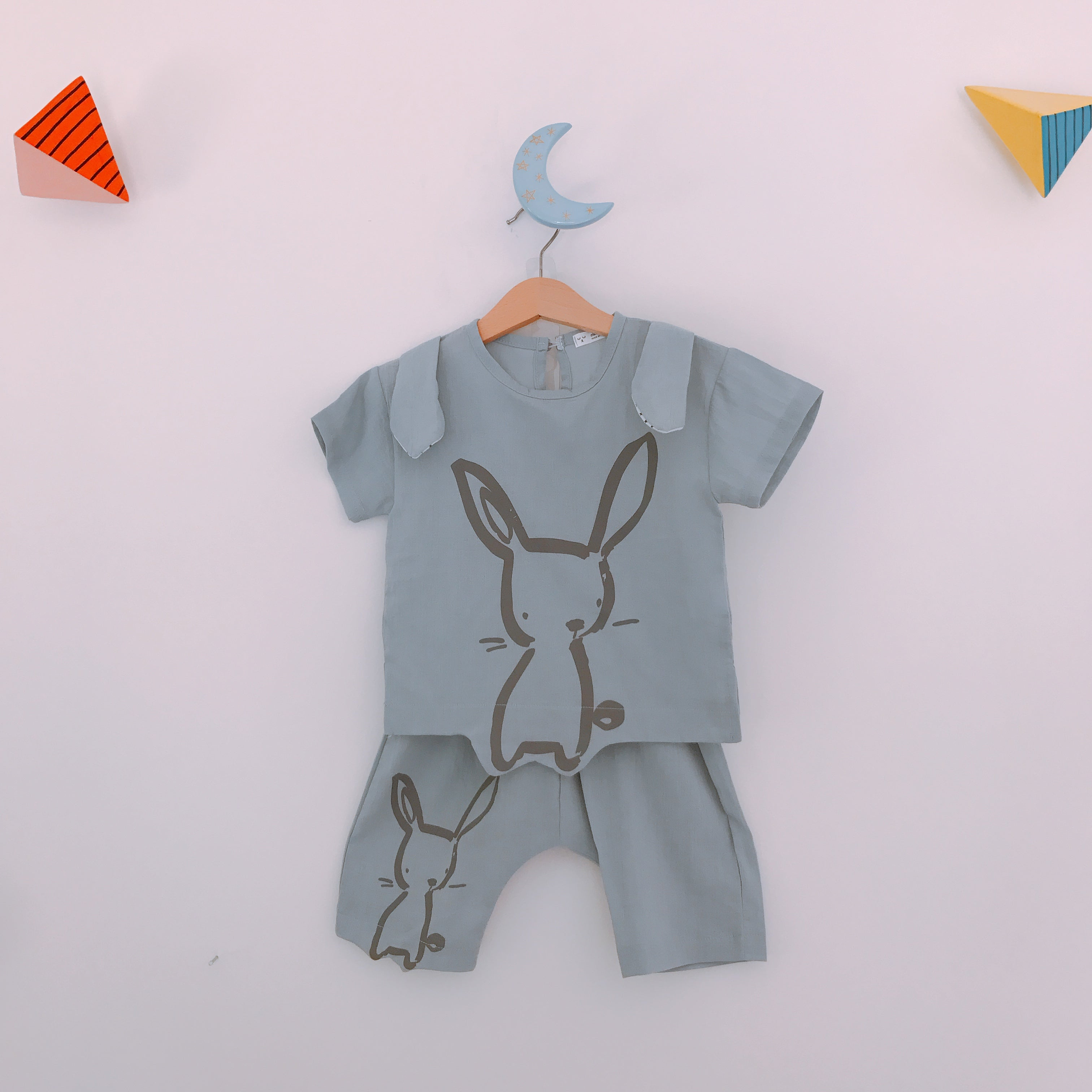 Paintbrush Rabbit Outfit - Dusty Blue