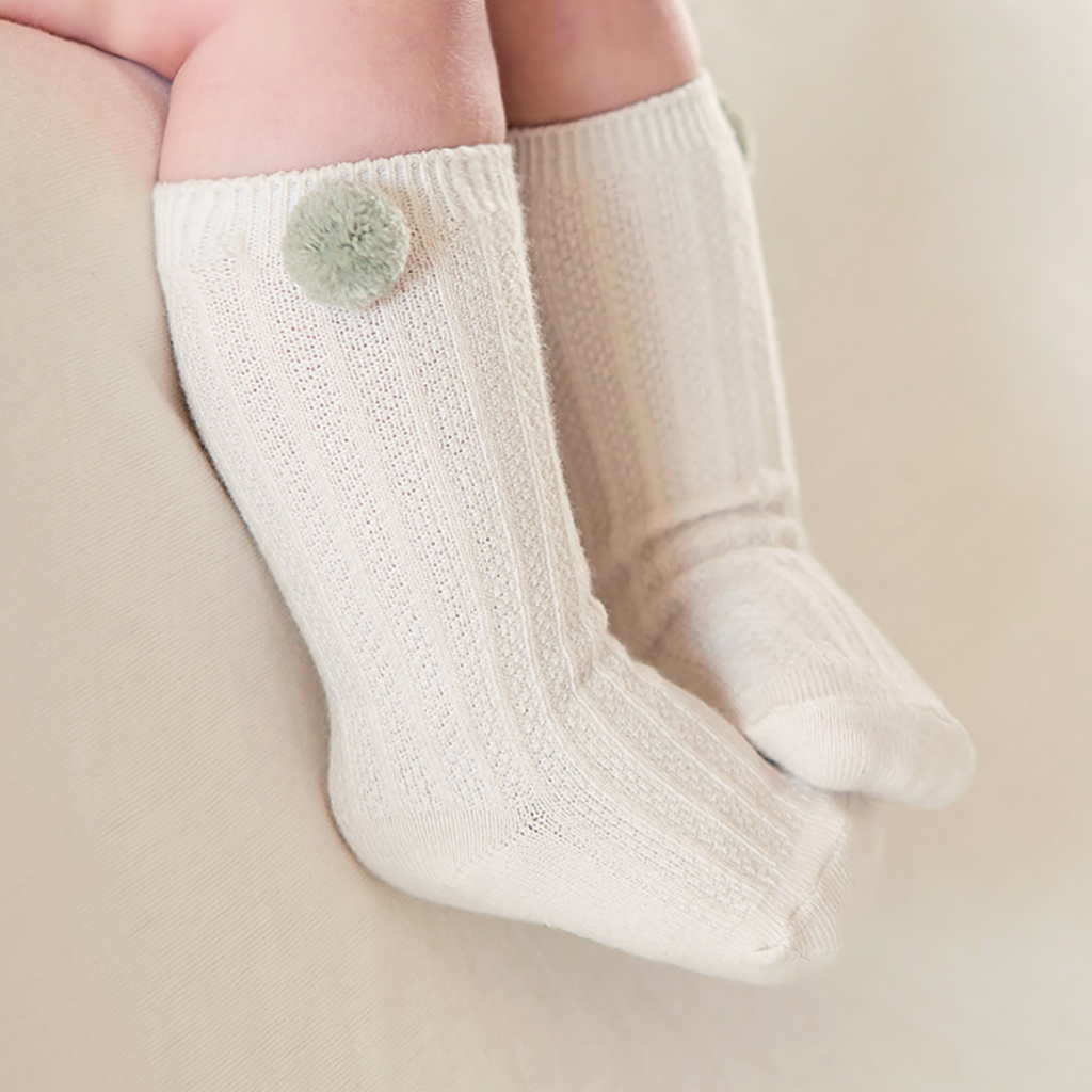Cable Pom Socks - Pistachio