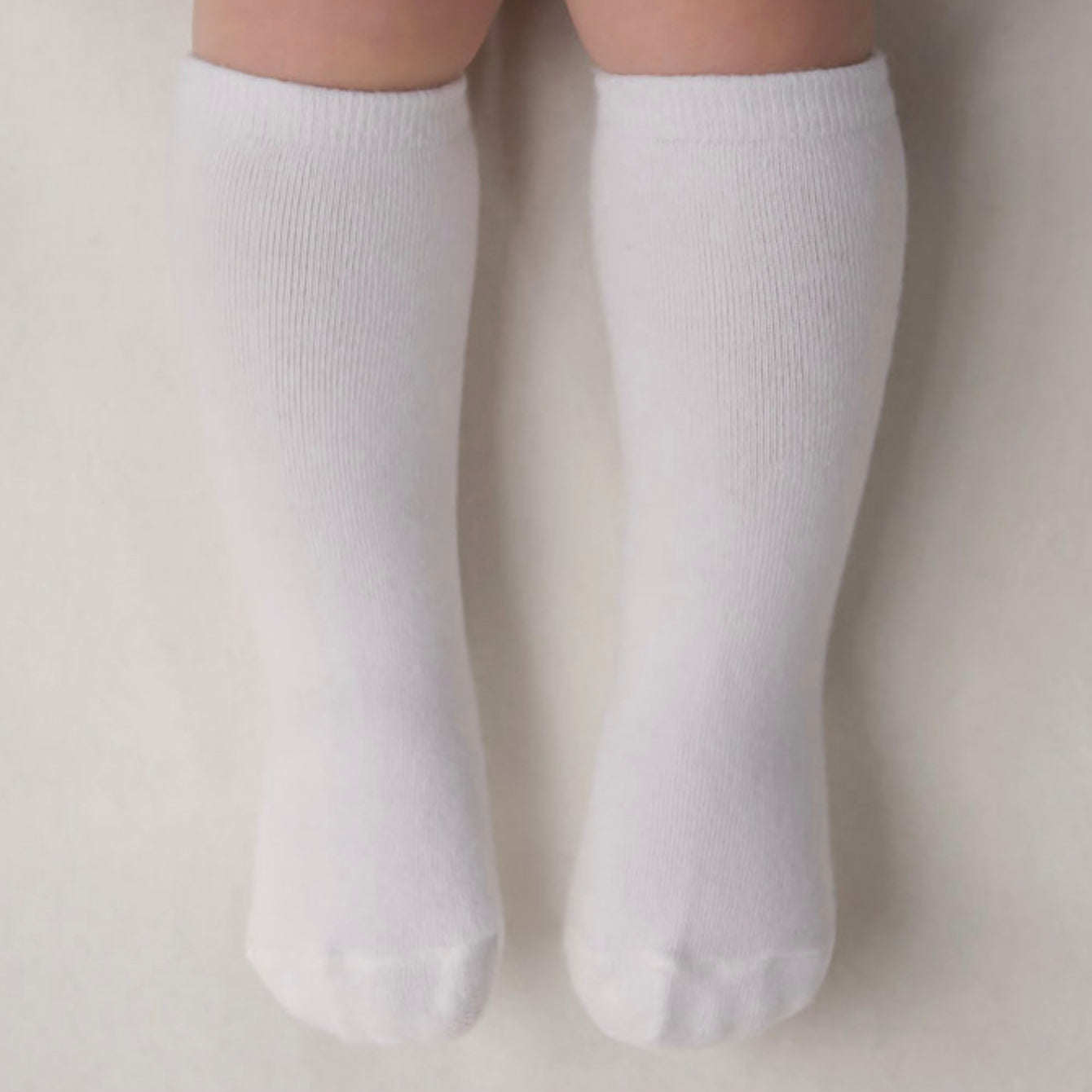 Basic Knee Socks - White