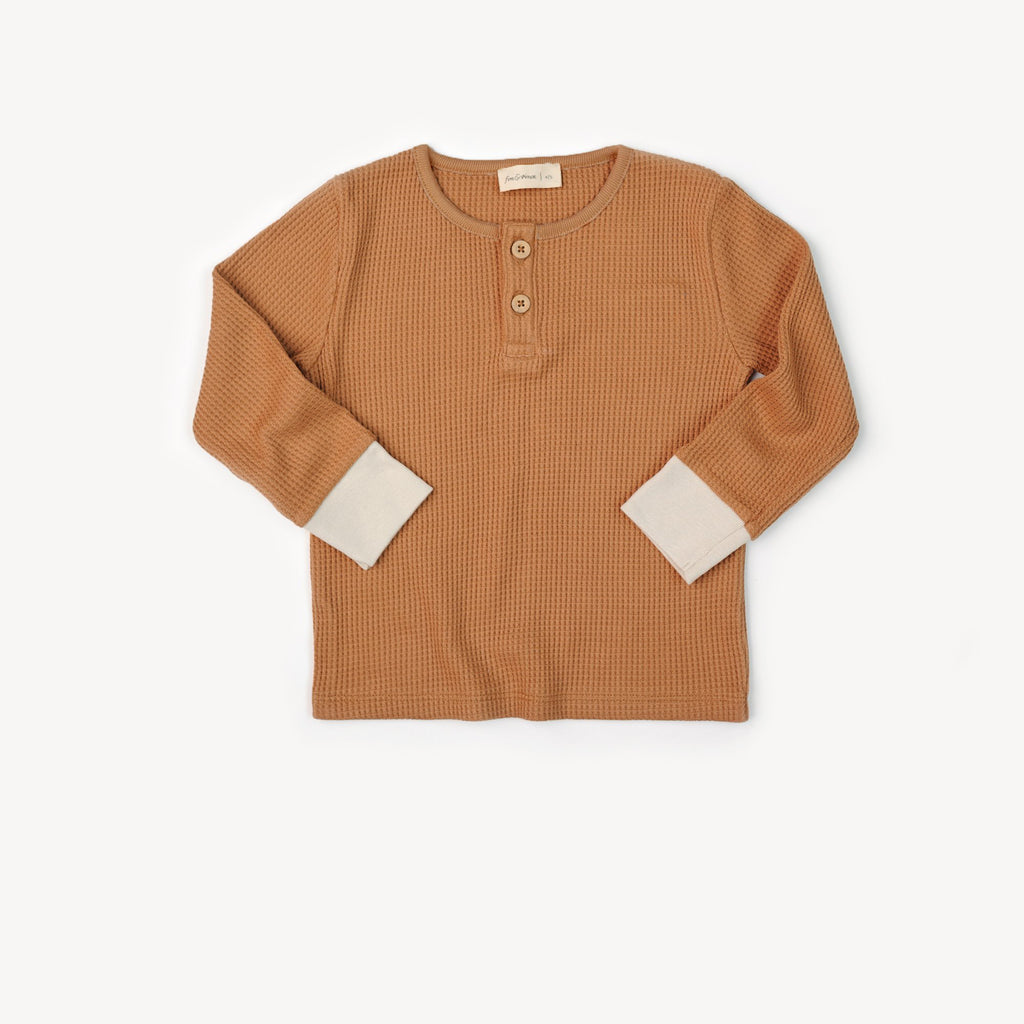Fin and Vince - Henley Top (Waffle Camel)
