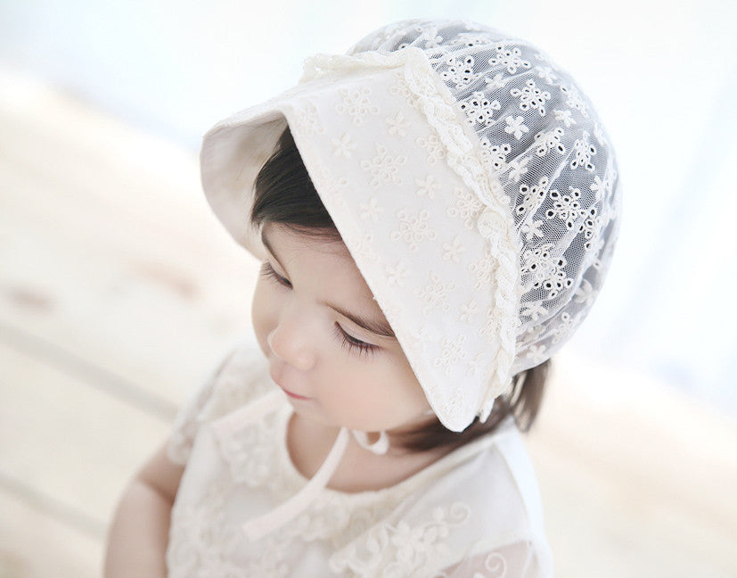 Maple Henna Lace Bonnet